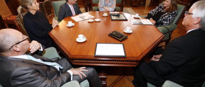 La Vicepresidenta de la Nación recibió en Casa de Gobierno a la Organización No Más Violencia